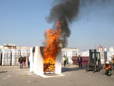 Brandversuch Gipskarton von Siniat